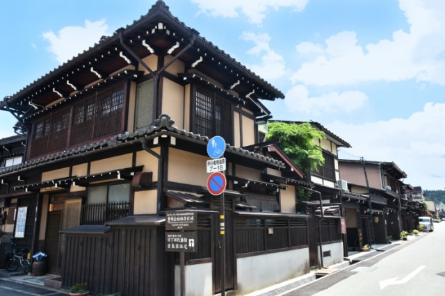 Stroll around the traditional streets of Takayama
